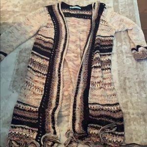 Long fringe bottom open cardigan